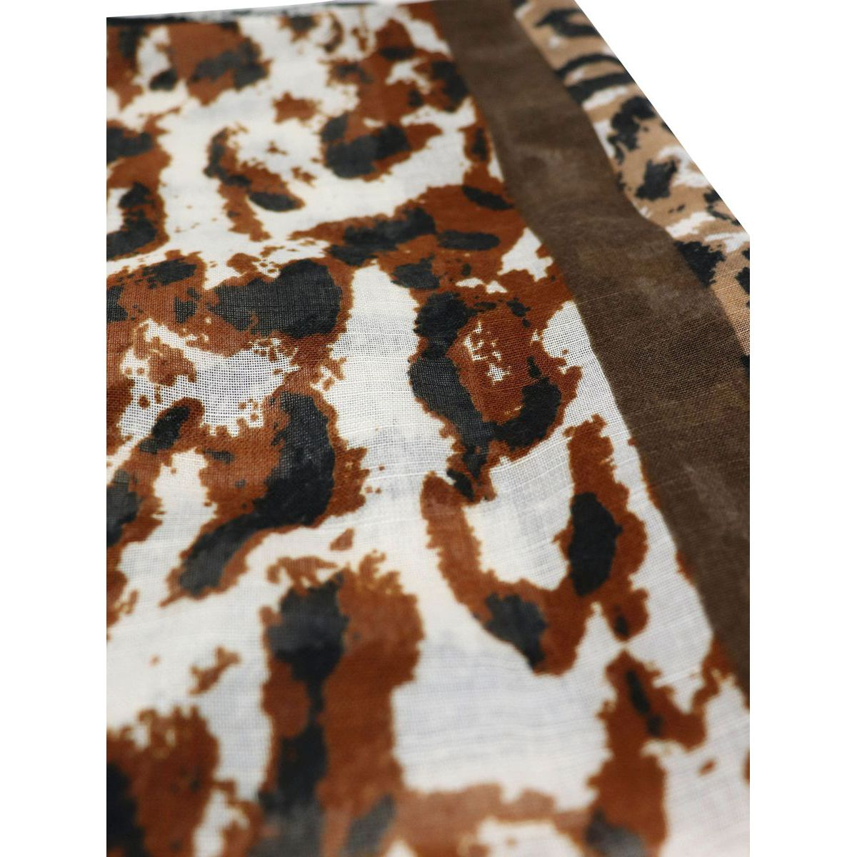Scarf in viscose with spotted print Spotted Schonbberg