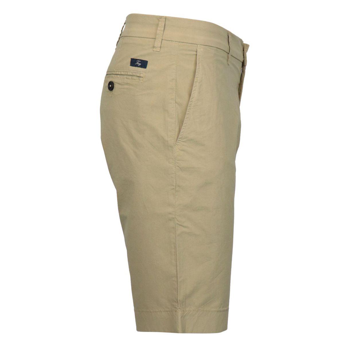 Garment-dyed cotton CHINO shorts Kaki Fay