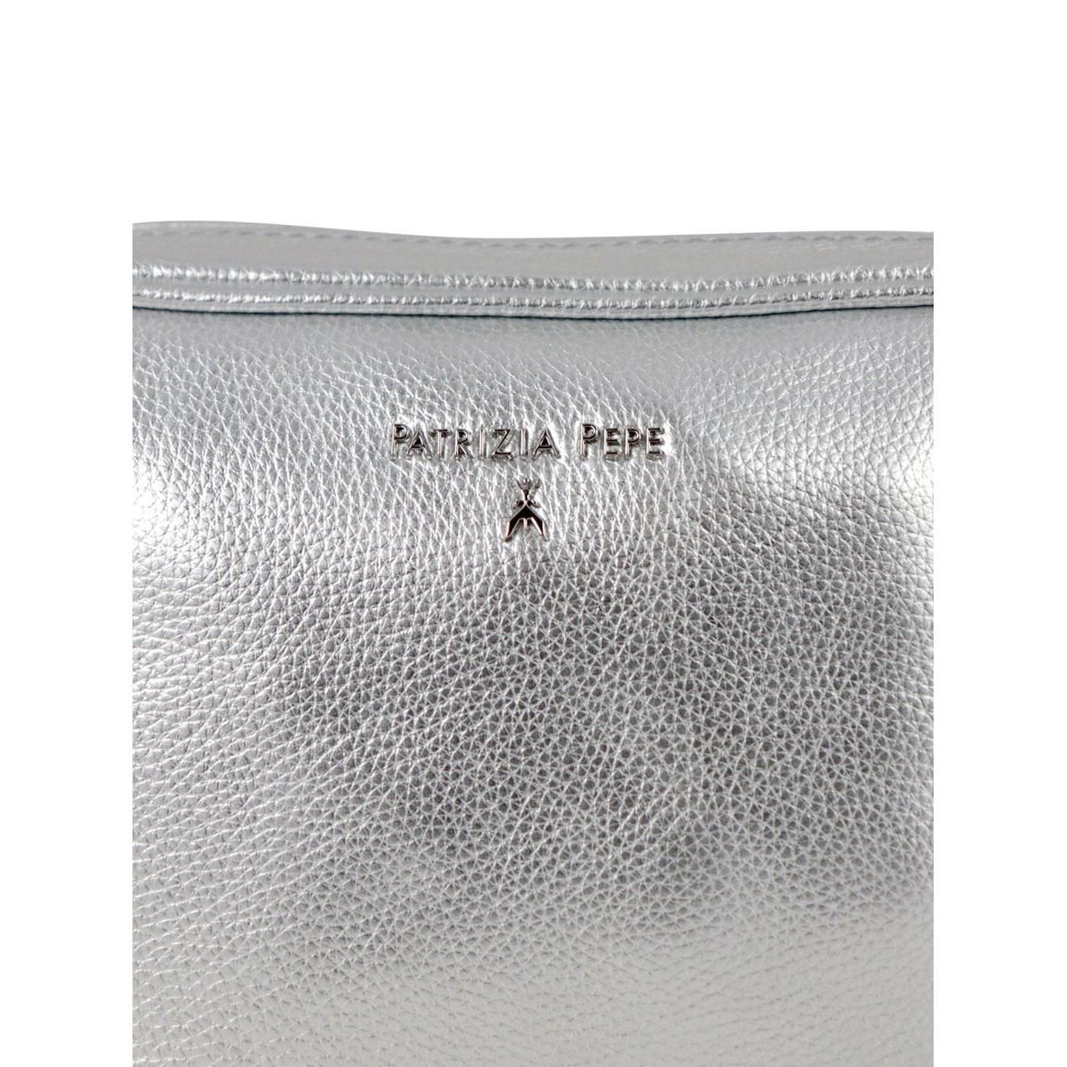 Beauty in textured leather with logo Silver Patrizia Pepe