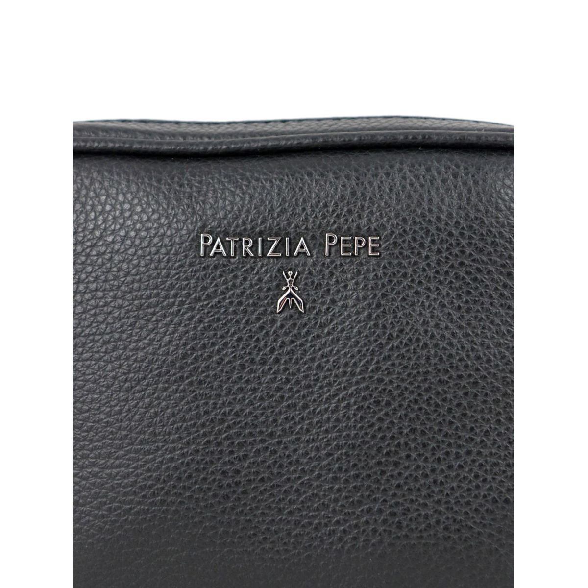 Beauty in textured leather Black Patrizia Pepe