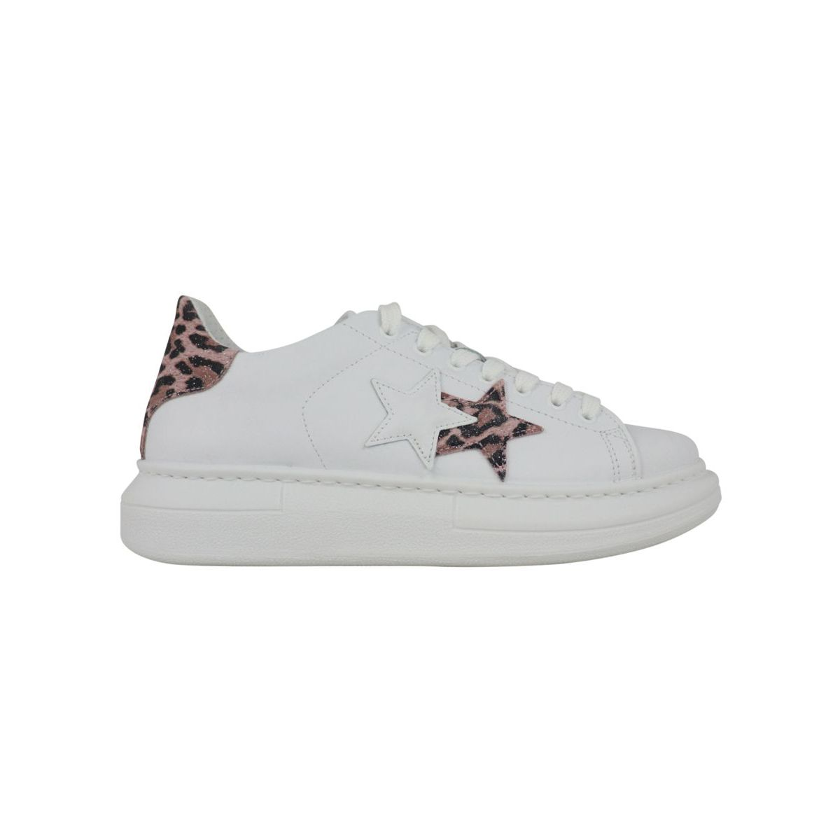 Sneakers with side logo and spotted detail on the back White / speckled 2Star