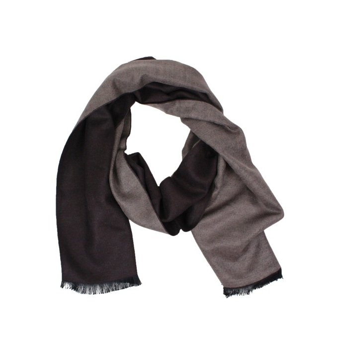 Two-tone scarf with frayed edges Moro Jeckerson