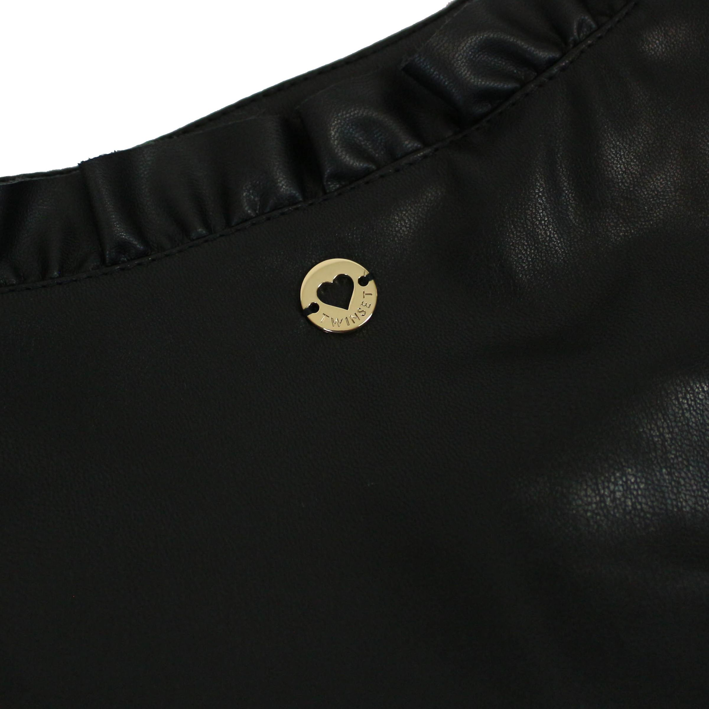 Giacca cropped in similpelle con rouches