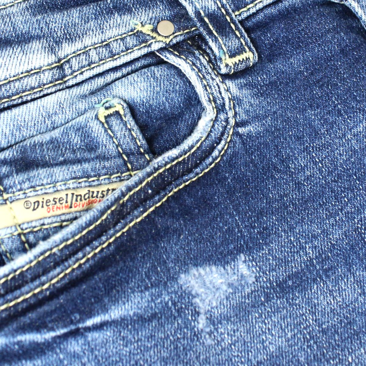Used effect jeans 5 pockets with rips Medium denim Diesel