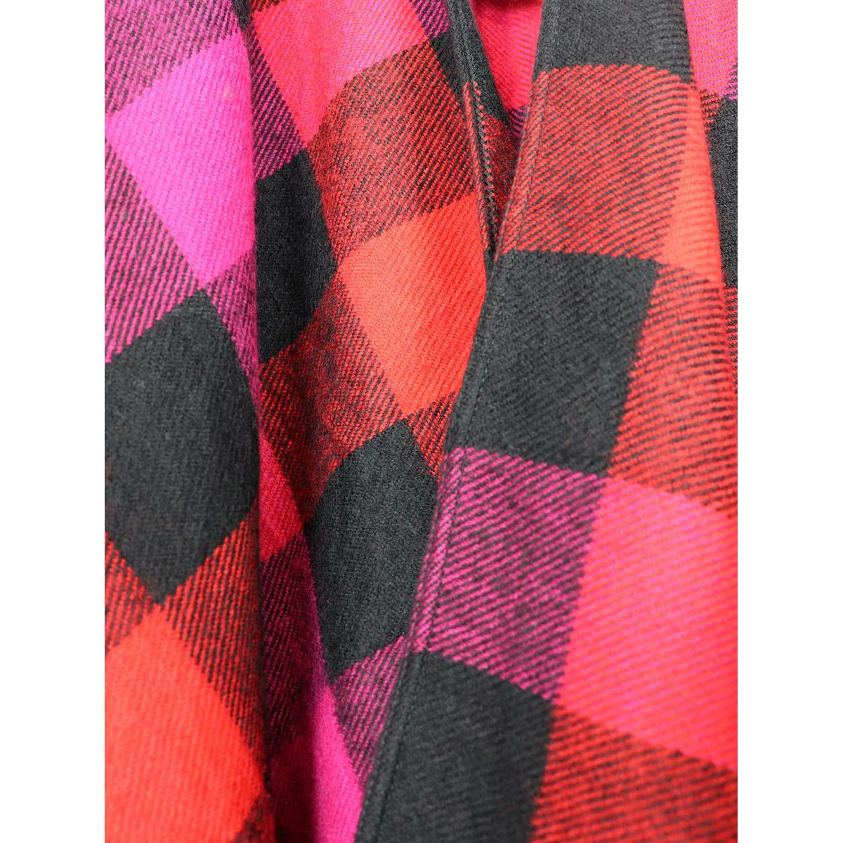 Cape with fringe Fuchsia red Woolrich