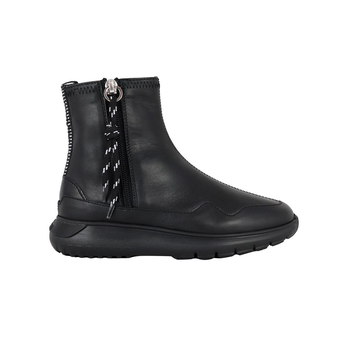 371 leather ankle boot with side zip Black Hogan